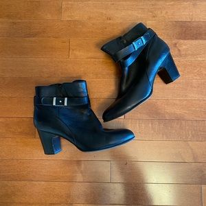 Black leather boot/bootie, size 9